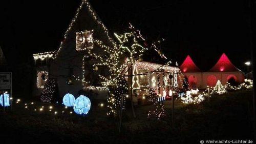 weihnachtshaus-leezen-2016-1001